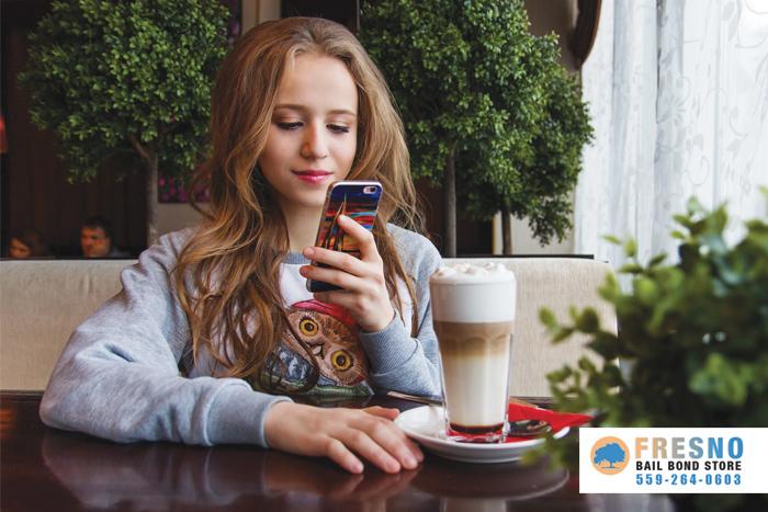 Teens Love Their Smartphones Madera
