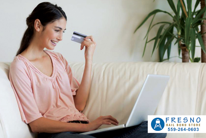 Protect Yourself When Online Shopping